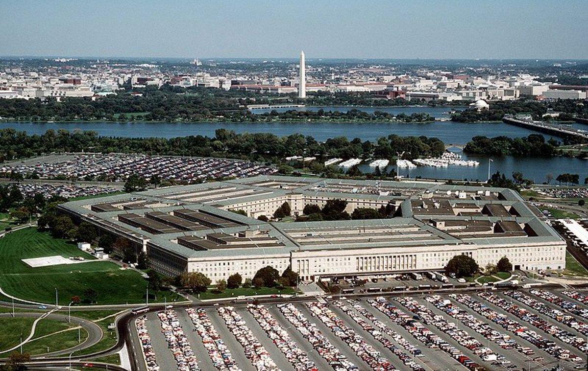 Hallados dos paquetes con una sustancia venenosa en el Pentágono