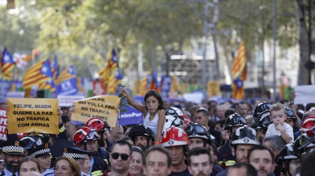 zentauroepp39813280 26 8 2017 barcelona manifestacion contra el terrorismo no ti170831220218