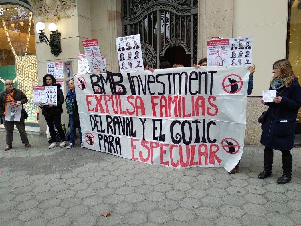 Protesta contra l'especulació immobiliària a Barcelona