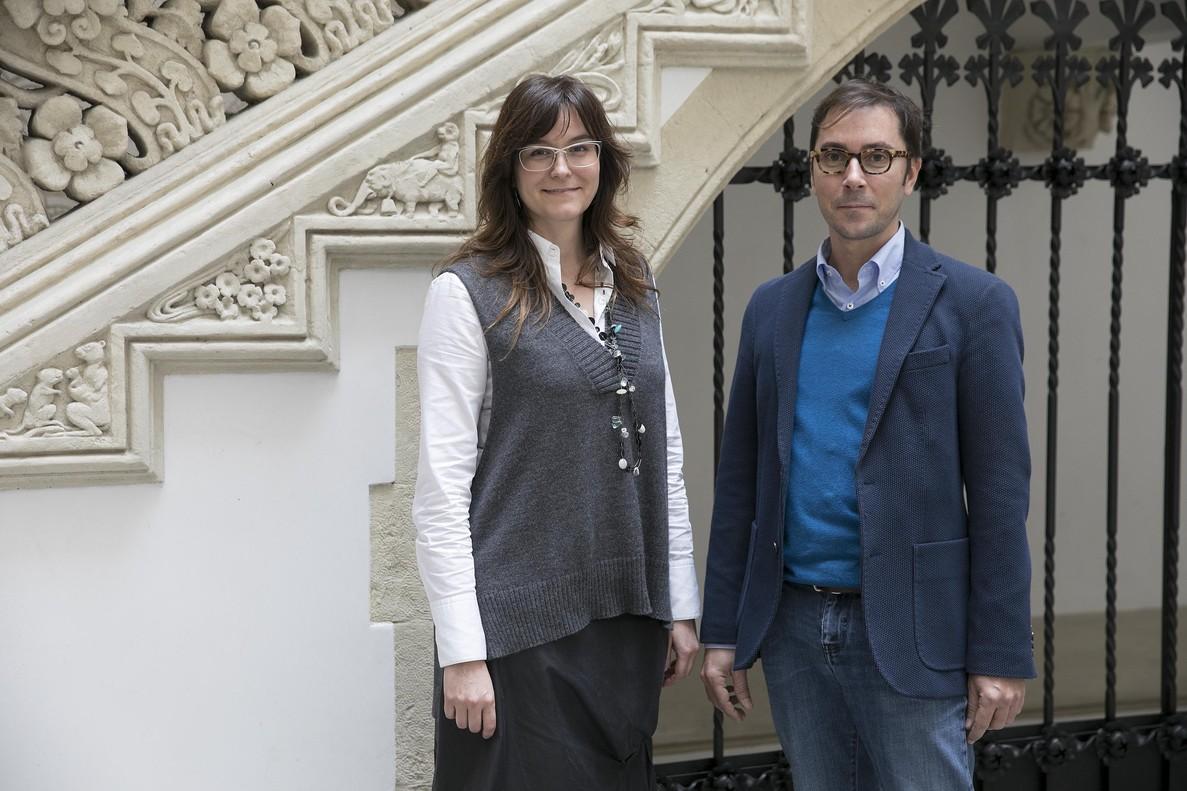 Beatriz Mothe y JoséMoltó, del equipo que experimenta el tratamiento contra el sida.