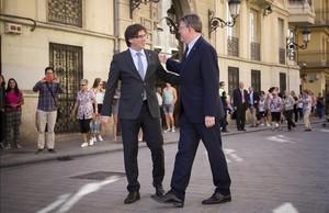 Los presidentes Carles Puigdemont y Ximo Puig, en València, el pasado 19 de septiembre.