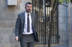 El conseller de Territori, Santi Vila, labril passat, al Palau de la Generalitat.