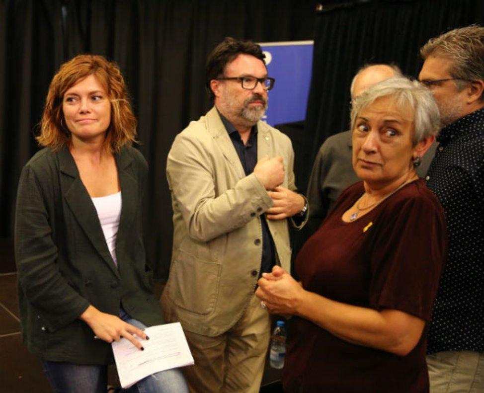 Els comuns suspenen Nuet per haver fitxat per ERC