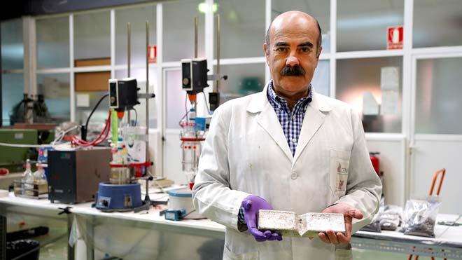 Félix Antonio López, científico del Centro Nacional de Investigaciones Metalúrgicas del CSIC.