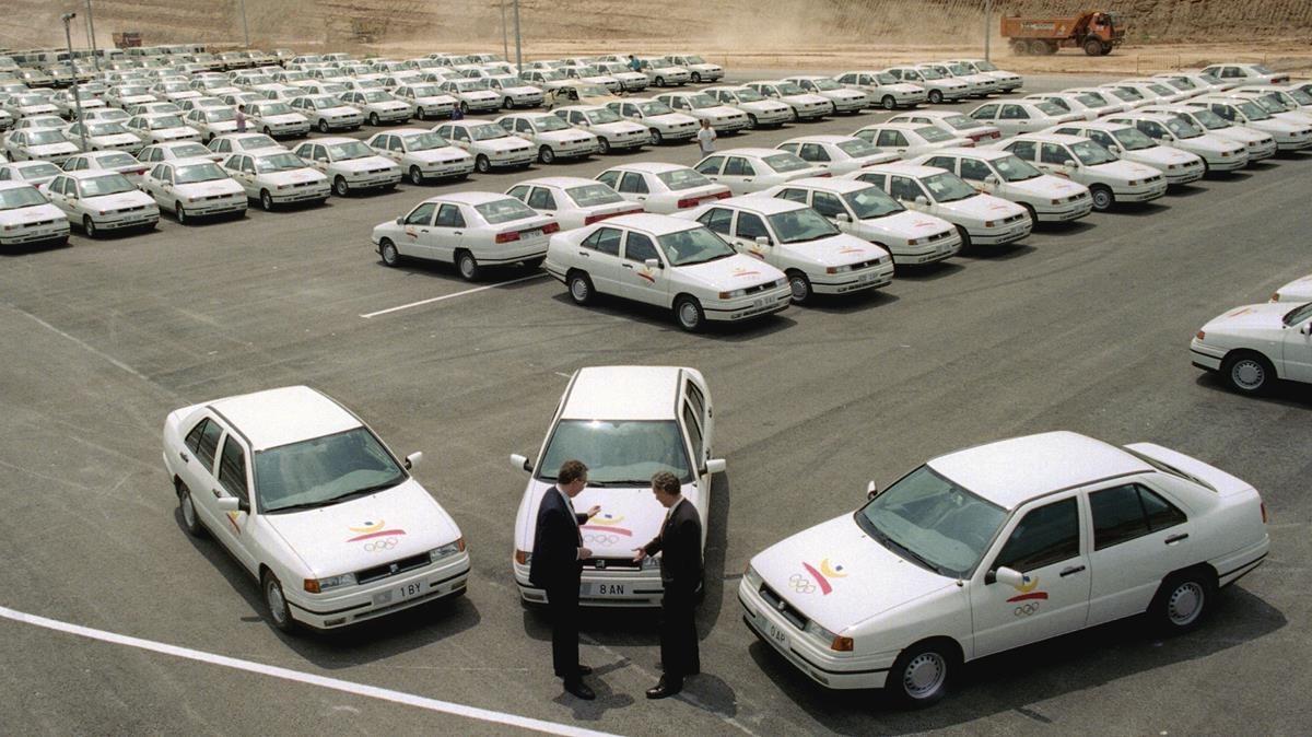Presentación de la flota de coches olímpicos Seat Todelo en Martorell en 1992.