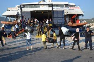 En este momento hay más de 35.000 migrantes y refugiados viviendo en las islas del Egeo.