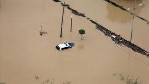 Imagen aérea de la ciudad de Dolores (Alicante) inundada a causa del desbordamiento del río Segura por la gota fría.
