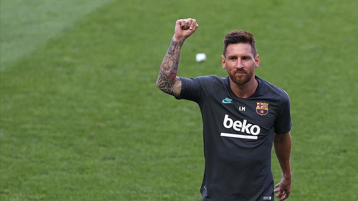 Messi, durante el entrenamiento azulgrana en Lisboa.