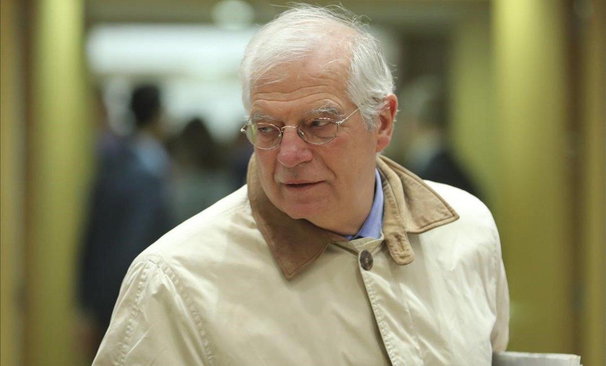 El ministro de Exteriores, Josep Borrell, a su llegada al Consejo de la UE en Bruselas.