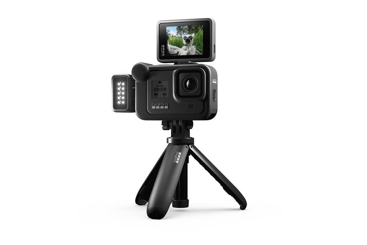 Nueva cámara de GoPro con accesorios.