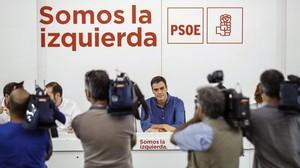 El secretario general del PSOE, Pedro Sánchez, en la primera reunión de la nueva ejecutiva del partido.