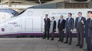 El presidente Rajoy a su llegada en AVE a Castellón.
