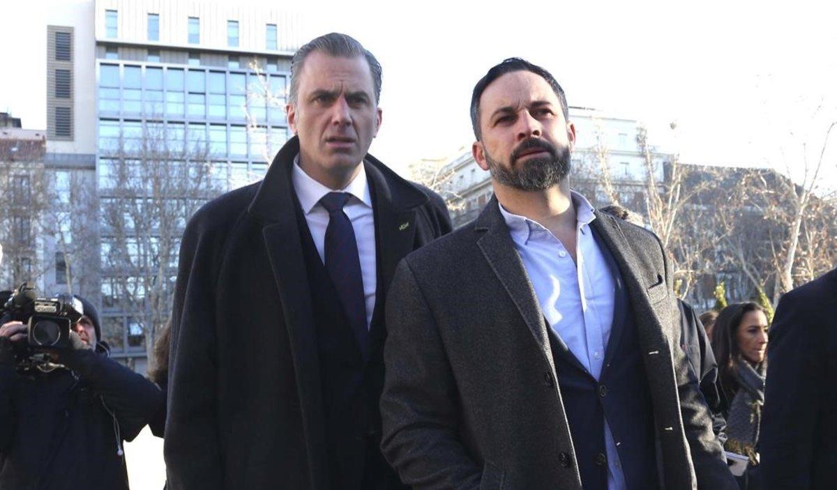 Santiago Abascal y Javier Ortega Smith, a su llegada al Supremo.