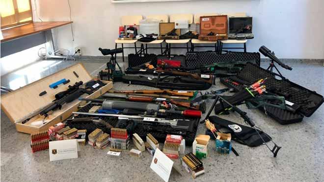 Els Mossos detenen un tirador que volia matar Pedro Sánchez