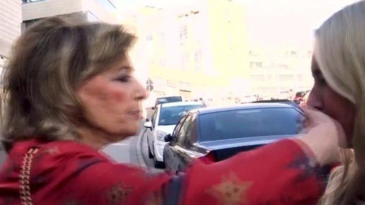María Teresa Campos le tapa la boca a una reportera de 'Viva la vida' por preguntarle por Edmundo Arrocet