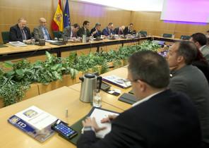 Una imagen de la reunión mantenida este martes entre representantes dePolicía Nacional y Guardia Civil y el Ministerio del Interior.