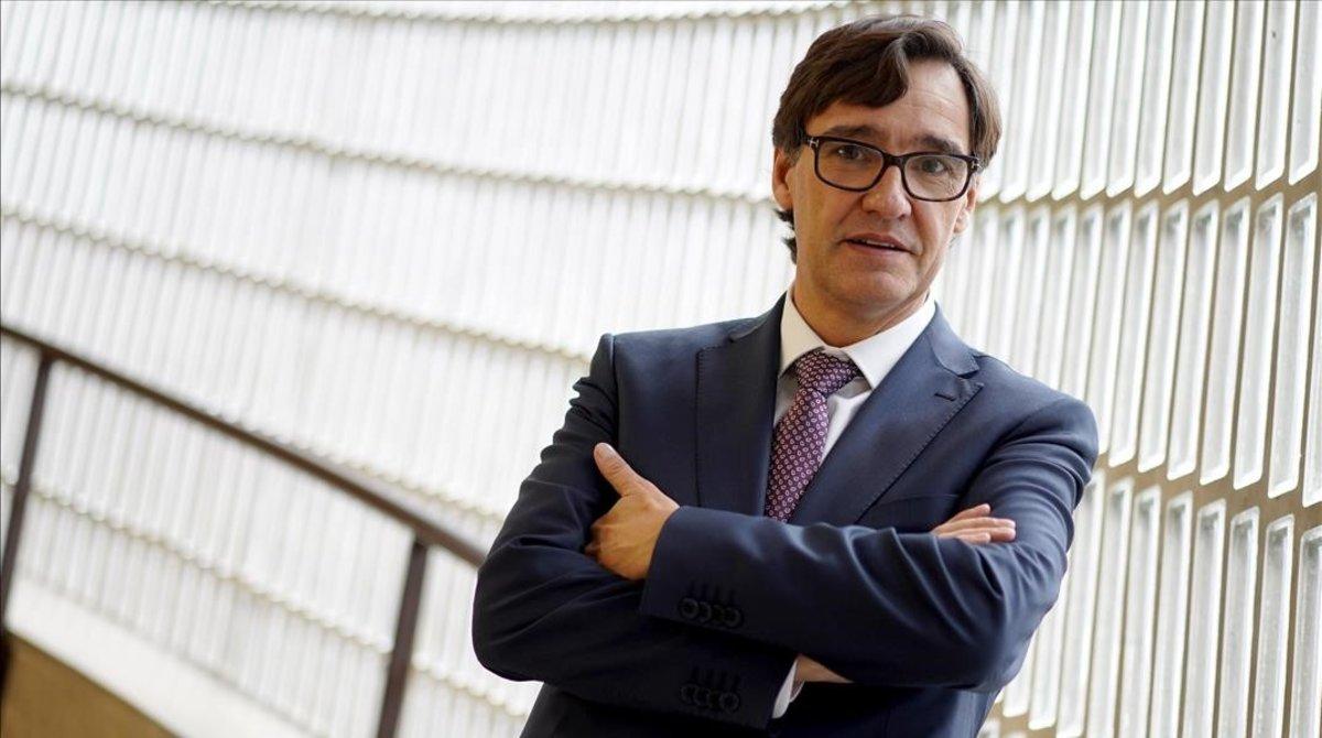 El ministro de Sanidad, Salvador Illa, tras la entrevista concedida a EL PERIÓDICO.
