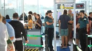 La Guàrdia Civil calma el Prat