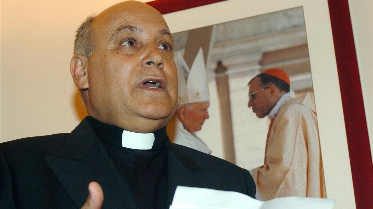 Silverio Nieto,durante la lectura hoy de un comunicado sobre la investigacion por parte del juzgado de instruccion 21 de Madrid de un sacerdote madrileño como presunto autor de un delito de pederastia.