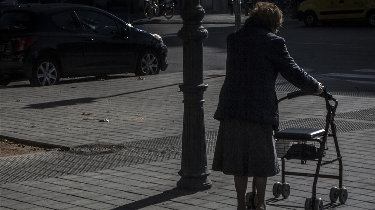 Una cuidadora 'altruista' roba 110.000 euros a una anciana