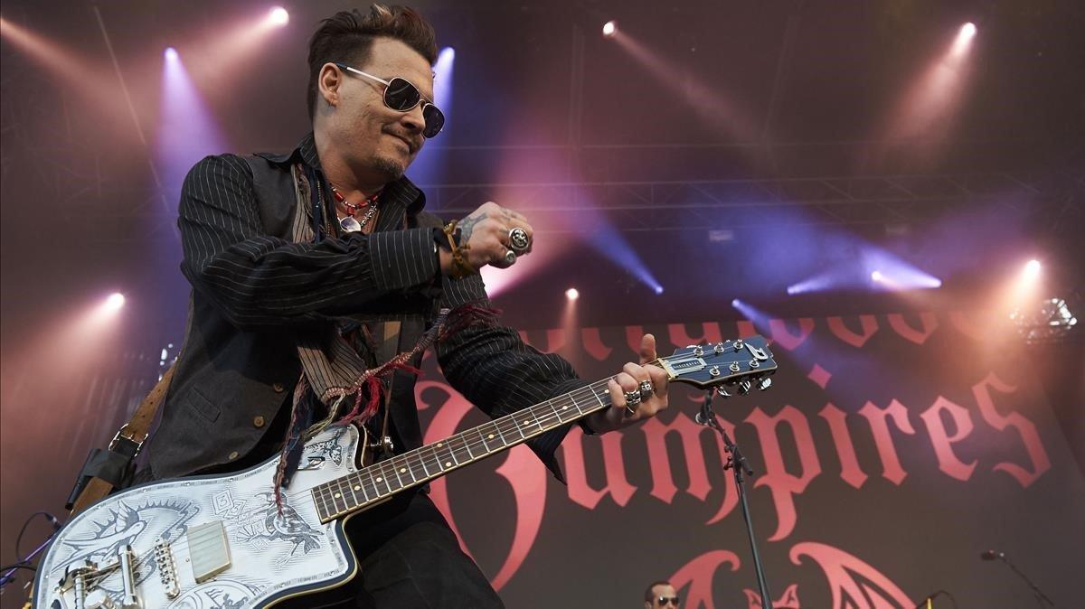 Johnny Depp fa 56 anys amb música