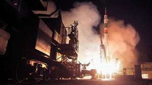 La nau Soiuz MS-06 s'acobla amb èxit a l'Estació Espacial Internacional