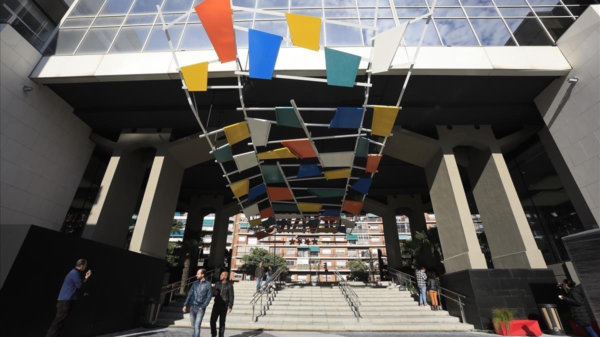 Glòries es reinventa com a centre comercial a peu de carrer