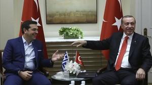 Erdogan junto a Tsipras durante una reunión en la sede de Naciones Unidas.