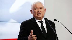 Kaczynski, durante la conferencia de prensa en la que hizo el anuncio.