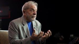 Lula diu que Bolsonaro és un «malalt» per armar la població