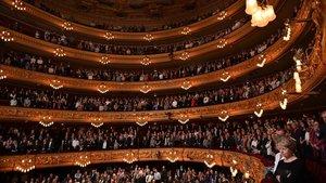 Barcelona brinda l'última ovació a Montserrat Caballé
