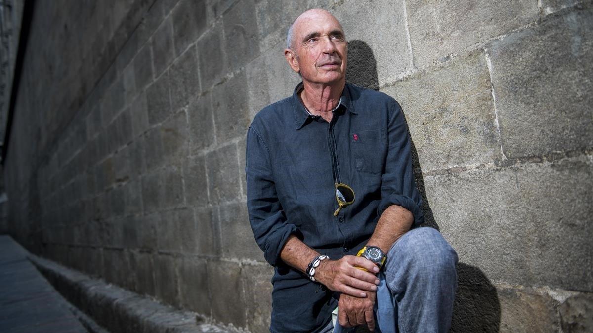 Lluís Llach, la pasada semana, a punto para presentar su nueva novela.