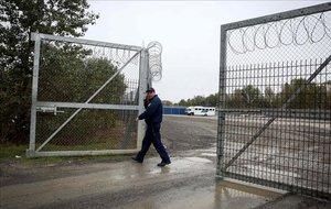 Zona de tránsito donde Hungría tenía recluidos a los demandantes de asilo.