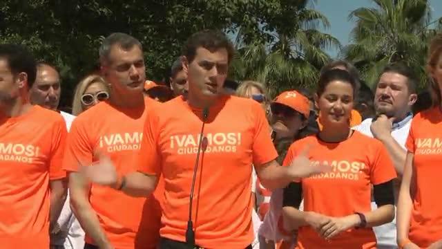 """Albert Rivera respon a Casado i Vox: """"És una falta de respecte repartir-se ministeris"""""""