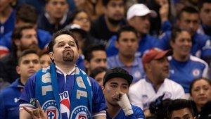 La desazón de los aficionados del Cruz Azul.