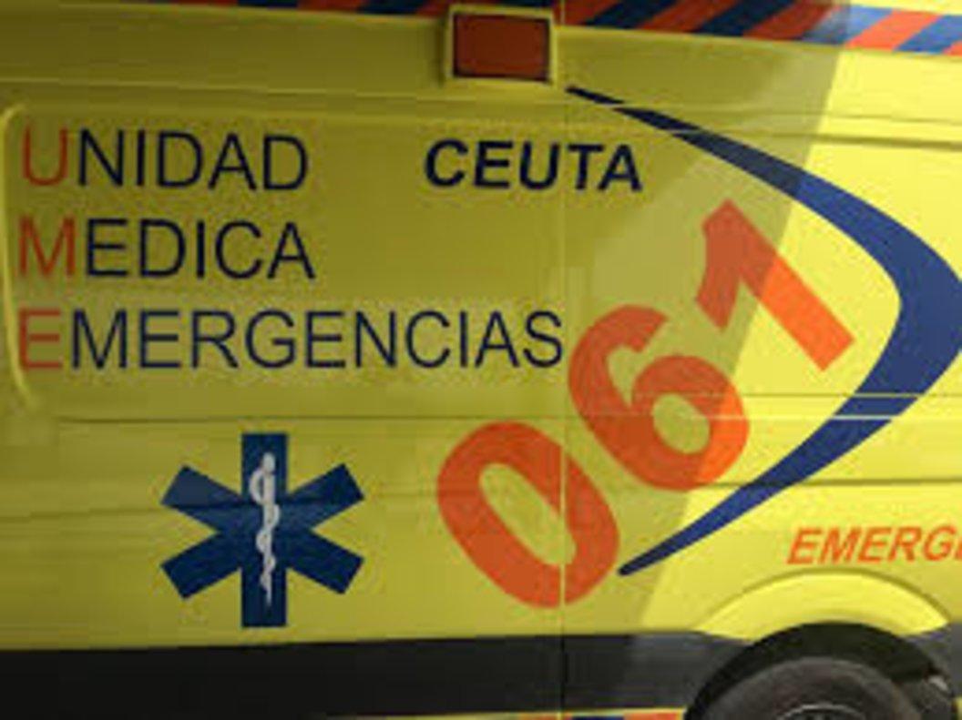 Un ambulancia de Ceuta.