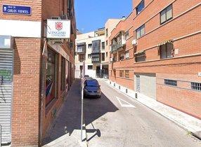 Lugar donde se observó la furgoneta siguiendo a dos niños en el madrileño barrio de Lucero.