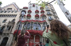 La Casa Batllo, cubierta de rosas.