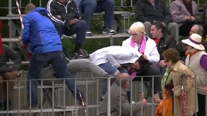 Dos animalistas son golpeadas en Mas de Barberans, Tarragona, al grabar un festejo.