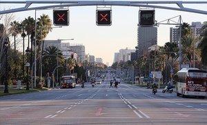 La Diagonal de Barcelona, a las 8.30 de la mañana.