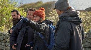 La directora, Paula Cons, dando instrucciones a su equipo.