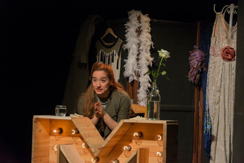 Raquel Jezequel interpreta a Fanny Brice en este montaje.