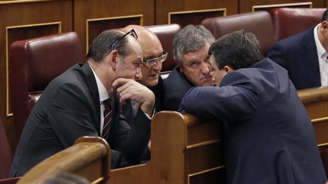 Esteban se reúne con la vicepresidenta: ' Si bién me quieres Juan, tus hechos me lo dirán'.