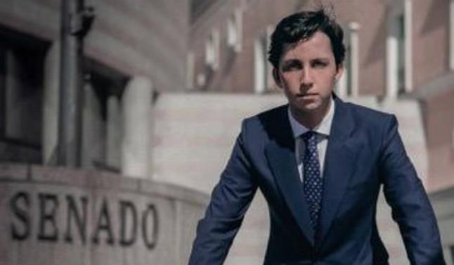 Francisco Nicolás Gómez Iglesias, amb la seva nova imatge a Twitter.