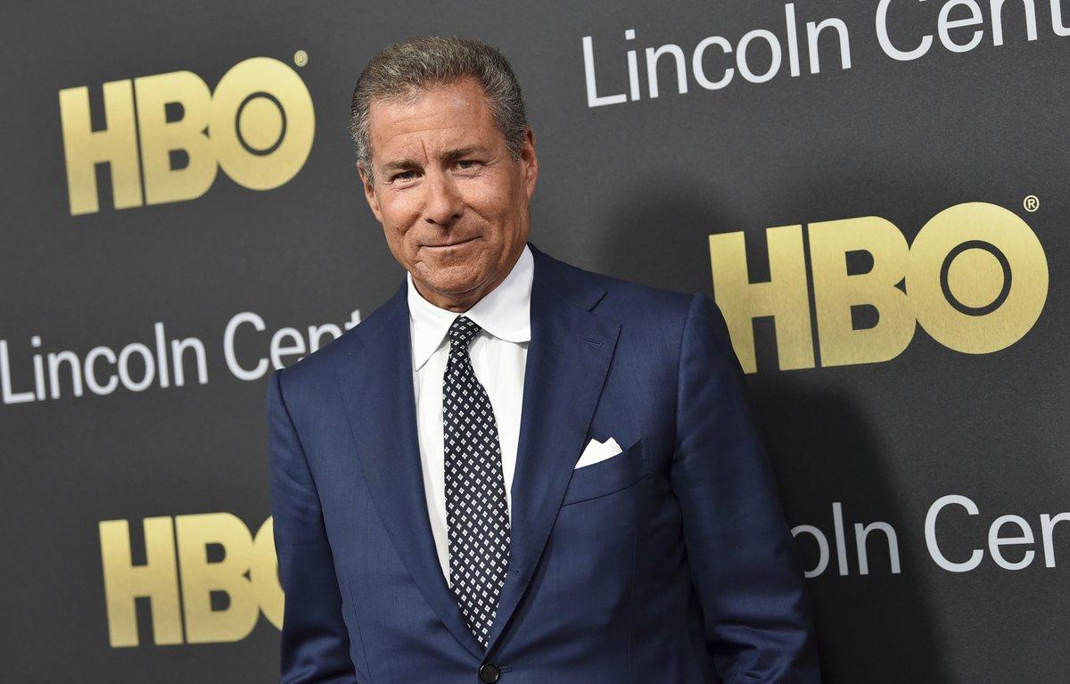 Plepler se unió a HBO en 1992, y ha ocupado el puesto de presidente desde 2007 a 2012, cuando fue nombrado además consejero delegado con la jubilación de Bill Nelson.