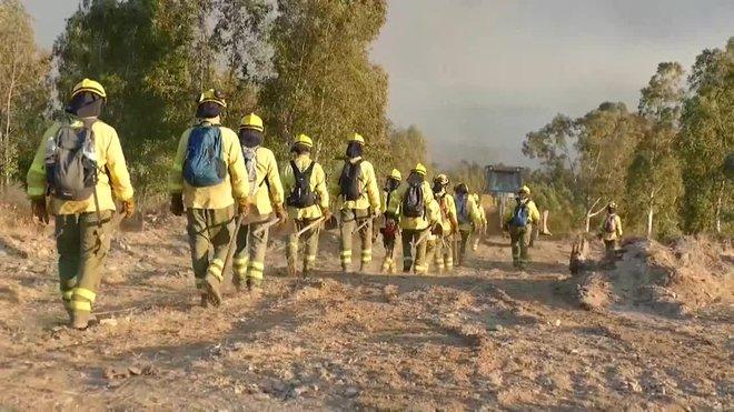 L'incendi de Huelva ja arriba a les 10.000 hectàrees