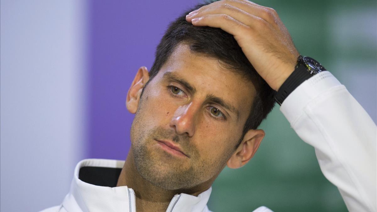 Djokovic ajorna el seu retorn a Abu Dhabi per dolor al colze