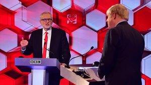 Jeremy Corbyn y Boris Johnson, durante el debate que mantuvieron en la BBC el pasado 6 de diciembre.