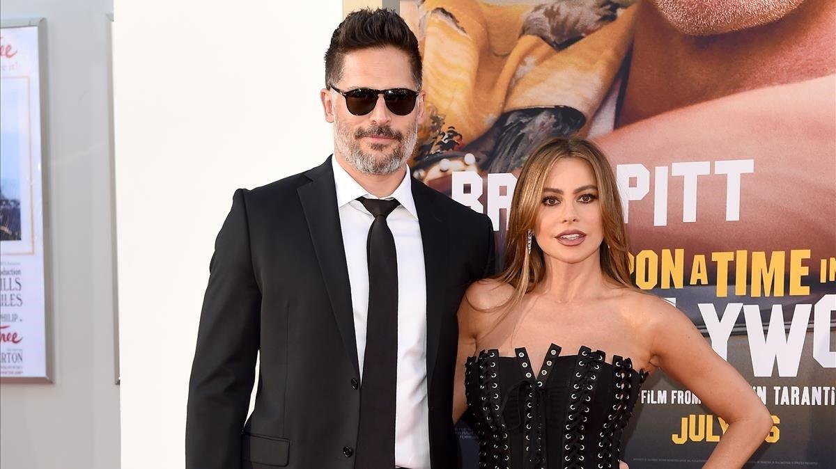 Joe Manganiello y Sofia Vergara, en la presentación de 'Érase una vez... en Hollywood'.