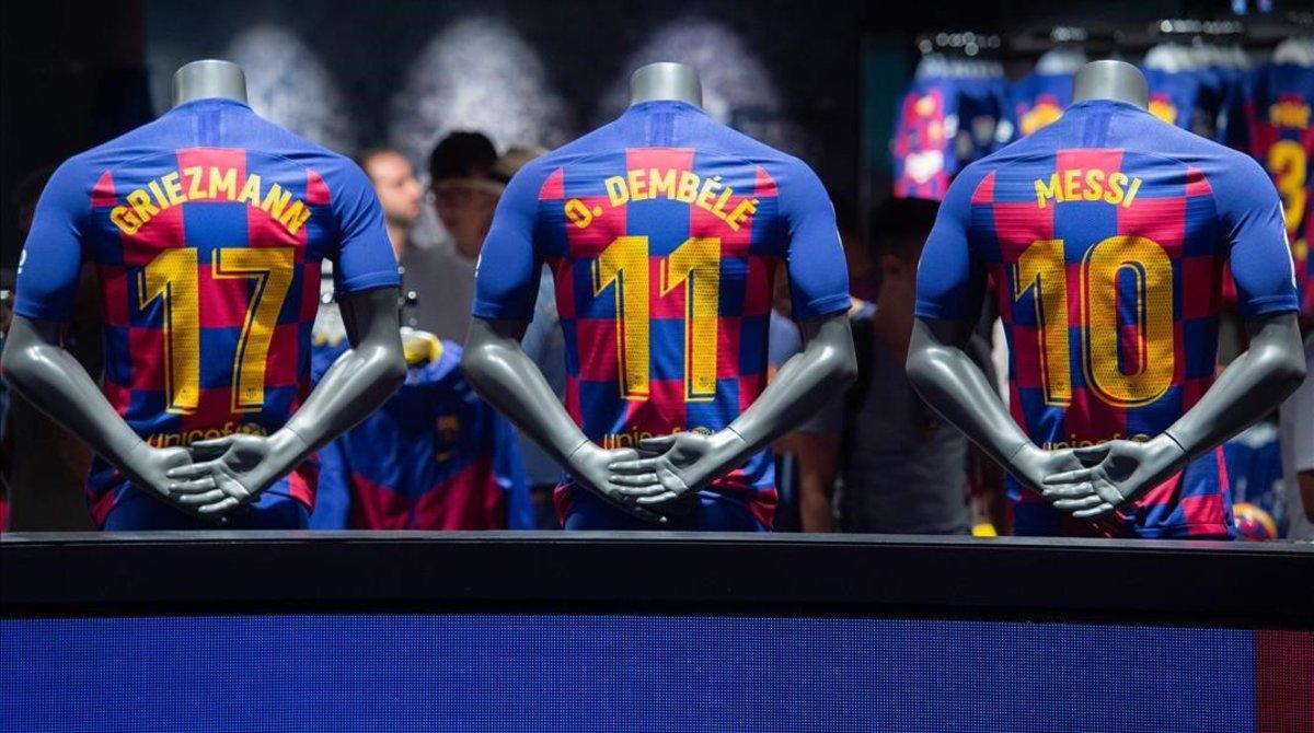 Las estrellas del Barça dominan, a placer, la vida de la entidad azulgrana.